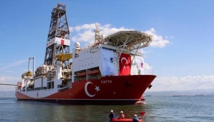 سفينتا «فاتح» و«قانوني» التركيتان تستعدان لجولة تنقيب جديدة بالبحر الأسود
