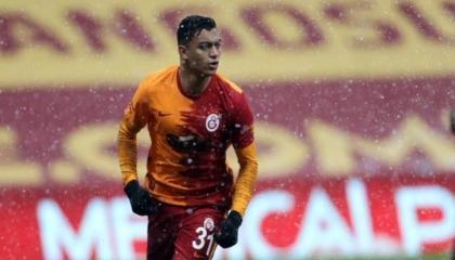 القبض على مشتبه به في سرقة حقيبة اللاعب مصطفى محمد
