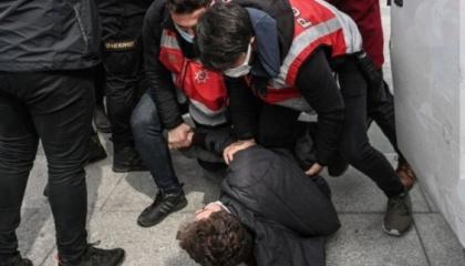 فيديو.. طلاب البوسفور المعتقلون يفضحون وحشية الأمن التركي: هددونا بالاغتصاب
