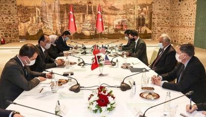 متحدث الرئاسة التركية يلتقي المبعوث الأمريكي الخاص إلى أفغانستان