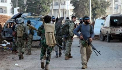 قوات تركية تعتقل مواطني عفرين السورية وتقصف حلب بالمدفعية
