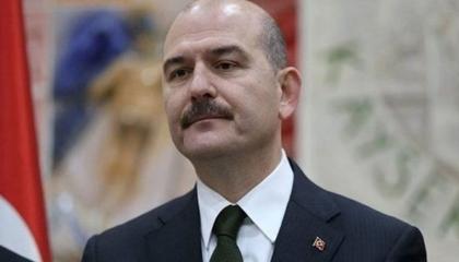 وزير الداخلية التركية يدين تمرد كبار ضباط البحرية على أردوغان