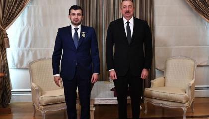 رئيس أذربيجان يمنح صهر أردوغان وسامًا.. والسبب؟