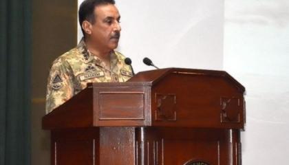 رئيس الأركان الباكستاني يلتقي نظيره التركي لتعزيز روابط الدفاع بين البلدين