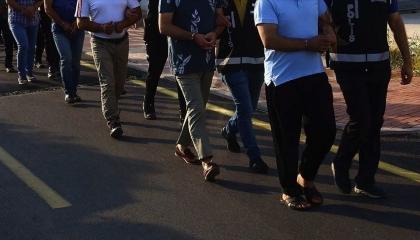 تركيا تعتقل 7 مواطنين من إزمير دون إعلان السبب