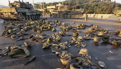 «انقلاب».. هاشتاج يتصدر «تويتر» بعد بيان ضباط البحرية التركية