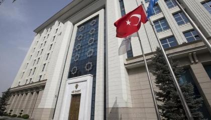 حزب العدالة والتنمية يستنفر خوفًا من تحذيرات ضباط البحرية التركية