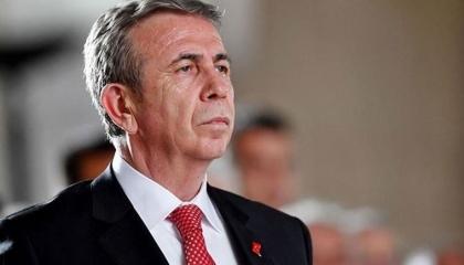 رئيس بلدية أنقرة يعلن بيع رغيف الخبز مقابل ليرة واحدة في رمضان