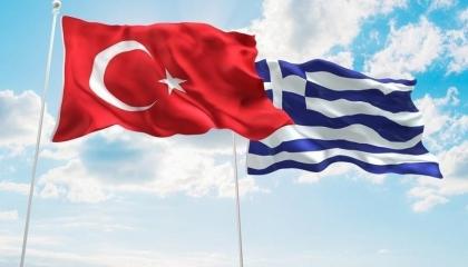 اليونان تٌعلق على اتهامات تركيا بإيواء أثينا لإرهابيين في مخيمات اللجوء