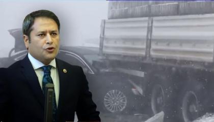 فيديو: رئيس اللجنة الإدارية في البرلمان التركي يتعرض لحادث مروري
