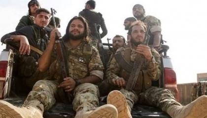مرتزقة سوريون يفتتحون مشاريع خاصة في بلادهم بعد عودتهم بالأموال الليبية