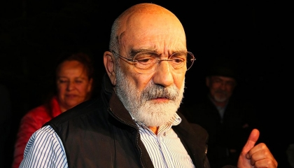 محكمة تركية تأمر بإطلاق سراح الكاتب أحمد ألتان المعتقل منذ 2016