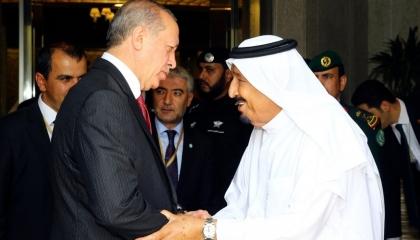 أردوغان يهنئ الملك سلمان بحلول شهر رمضان المبارك