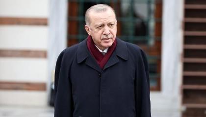 أردوغان يشيد بجاويش أوغلو بعد مشادته مع وزير خارجية اليونان: ألزمه حدوده