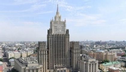 حرب دبلوماسية بين موسكو وبراغ.. روسيا تطرد 20 دبلوماسيًا تشيكيًا من أراضيها