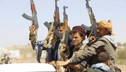 الحوثيون يطلقون 3 صواريخ باليستية و8 طائرات مفخخة على السعودية