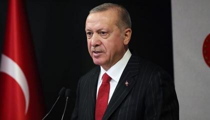 أردوغان يجيب عن سؤال أين تقضي فترة الإغلاق: في أسوأ الأحوال أنا في تركيا!
