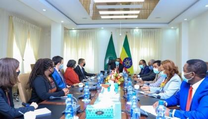 المبعوث الأمريكي يناقش مع إثيوبيا قصايا النراع الحدودي وسد النهضة