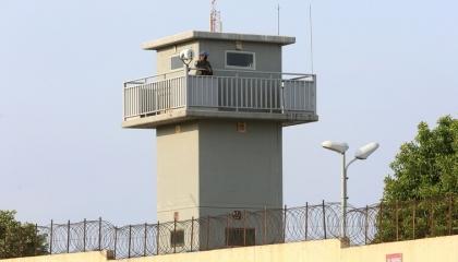 إسرائيل تعزز قواتها على الحدود مع لبنان بعد تحركات داعمة لفلسطين
