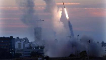 سقوط صاروخين في محيط تل أبيب