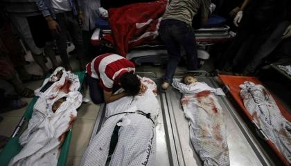 حصيلة شهداء غزة: 140شهيدًا بينهم 39 طفلًا و22 سيدة.. والجرحى يتجاوزون الألف