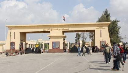 بالصور.. مصر تستقبل جرحى العدوان الإسرائيلي على أراضيها