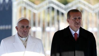 أردوغان لبابا الفاتيكان: العدوان الإسرائيلي يستهدف البشرية جمعاء