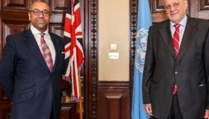 المبعوث الأممي إلى ليبيا يبحث في لندن دعم الانتخابات وسحب المرتزقة