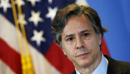 الخارجية الأمريكية: الولايات المتحدة ملتزمة بإعادة العلاقات مع الفلسطينيين
