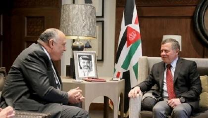 العاهل الأردني يستقبل وزير الخارجية المصري في عمان