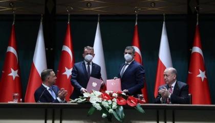 أردوغان: للمرة الأولى نصدر طائراتنا المسيرة لبلد أوروبي عضو في الناتو