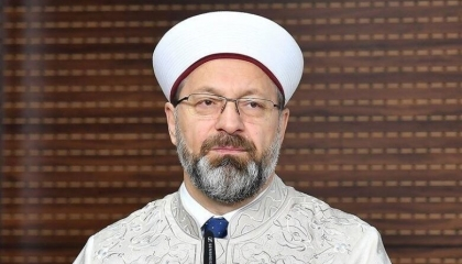 رئيس الشؤون الدينية التركية: 669 هجومًا على مساجد في أوروبا خلال عامين