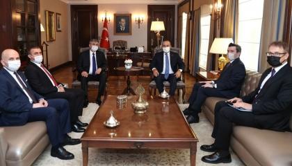 جاويش أوغلو يؤكد دعم أنقرة للأقلية التركية في بلغاريا