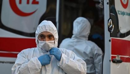 تركيا تسجل نحو 6 آلاف إصابة جديدة بكورونا و91 حالة وفاة في 24 ساعة