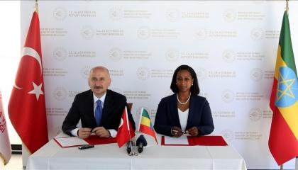 تركيا وأثيوبيا توقعان اتفاقية تعاون في مجال النقل