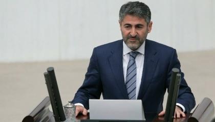 بمجموع 61 ألف ليرة.. نائب وزير تركي يتقاضى راتبًا إضافيًا من شركة اتصالات