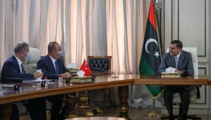 جاويش أوغلو يلتقي الدبيبة.. ويؤكد على دعم تركيا الكامل للحكومة الليبية