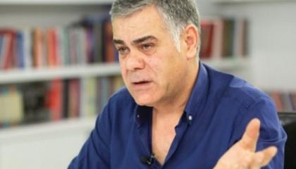 صحفي تركي يشكر زعيم المافيا على هديته على الرغم من إنكاره لصداقتهما.. فيديو