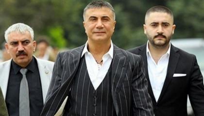 حكومة أردوغان تلاحق رجال زعيم المافيا سادات بكر وتعتقل 15 في إسطنبول