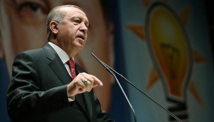 «ليلة القرن» كتاب عن انقلاب 2016 أهداه أردوغان لنواب حزبه في اجتماع الخميس
