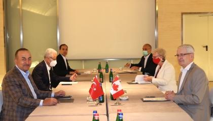 وزير الخارجية التركية يلتقي نظيريه الكندي والليتواني في روما