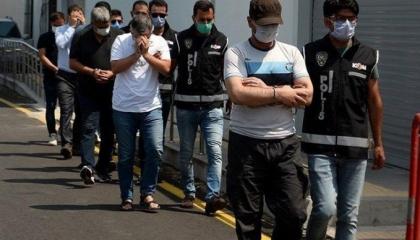 السلطات التركية تعتقل 65 مواطنًا في أنقرة بتهم البلطجة والإرهاب