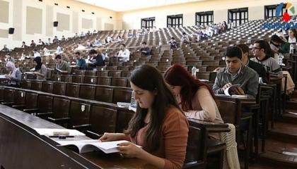 أستاذ جامعي تركي يحكي تفاصيل تحرشه بطالبة كعقاب لها