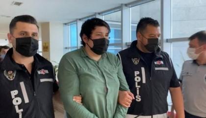 بعد استجواب لمدة 4 ساعات.. السلطات التركية تعتقل محتال «بنك المزرعة»