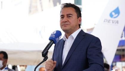 وزير تركي سابق: البحث عن مخلصين لإدارة تركيا يحتاج ميكروسكوب