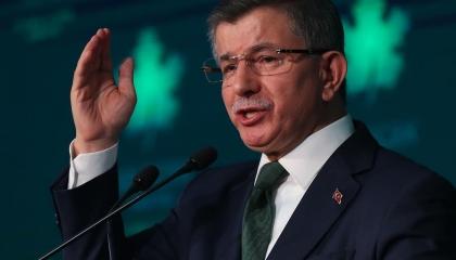داود أوغلو للشباب التركي: لا تيأسوا مطلقًا!