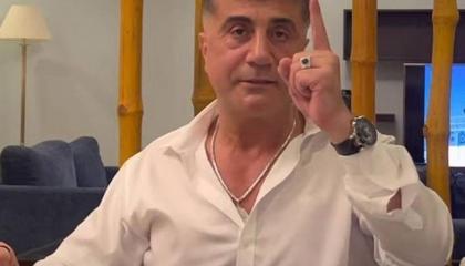 زعيم المافيا التركية يكشف سر اختفائه من السوشيال ميديا الأيام الماضية