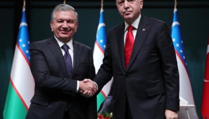 الرئيس أردوغان يجري اتصالًا هاتفيًا بنظيره الأوزبكي ميرزيوييف