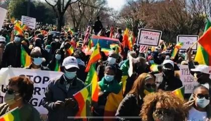 الجالية الإثيوبية في واشنطن تعلن سبب مظاهراتها أمام سفارة السعودية
