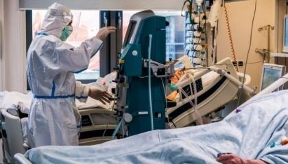 تركيا تسجل نحو 25 ألف إصابة جديدة بكورونا في يوم واحد